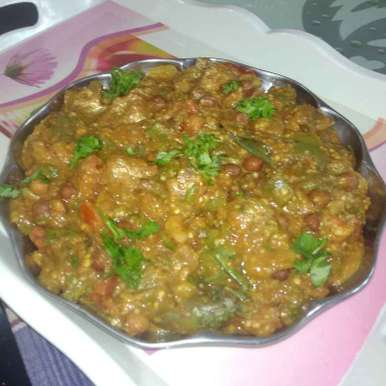 Photo of Brinjal curry. by దూసి గీత at BetterButter