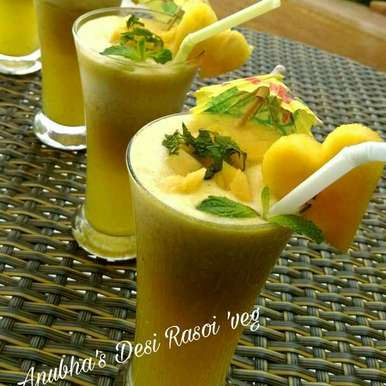 Photo of Pineapple mint smoothi by Aanubha Bohra at BetterButter