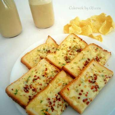 Photo of Quick and easy garlic bread by Afreen Usman at BetterButter