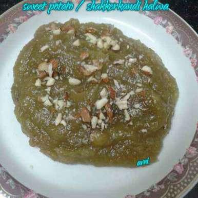 Photo of Sweet Potato halwa / Shakkerkandi halwa by Avni Arora at BetterButter