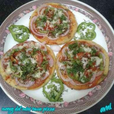 Photo of Moong Dal Mini Tawa Pizza by Avni Arora at BetterButter