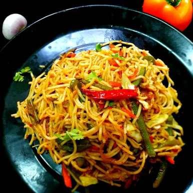 Photo of Restaurant Style Hakka Noodles by ananya gupta at BetterButter