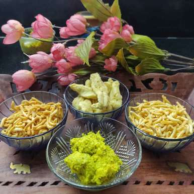 Photo of Green chutney by Bhavana Kataria at BetterButter