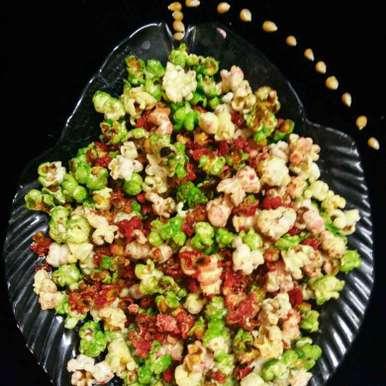 Photo of Bina microvave ke rang birange pop corn by Anjali sunayna Verma at BetterButter