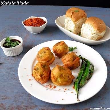 Photo of Batata vada/ Fried potato dumpling by Anjana Chaturvedi at BetterButter