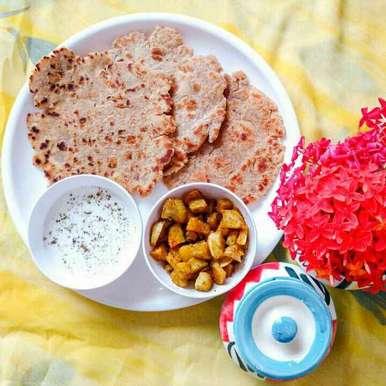 Desi Ghee Smeared Bhagnari Jeera Black Pepper Koki