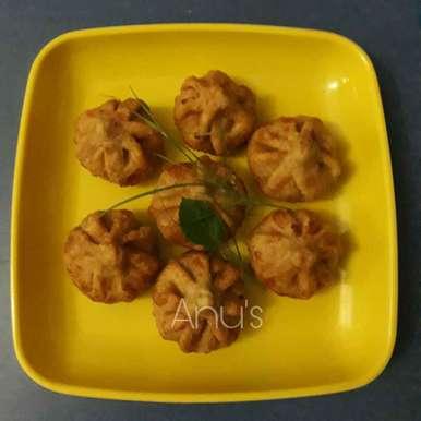 Mava modak recipe in Hindi,मावा मोदक, Anuradha Kuvalekar