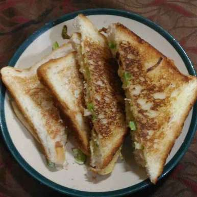 Photo of Chicken Mayannise Sandwich by Aqsa Mehttar at BetterButter