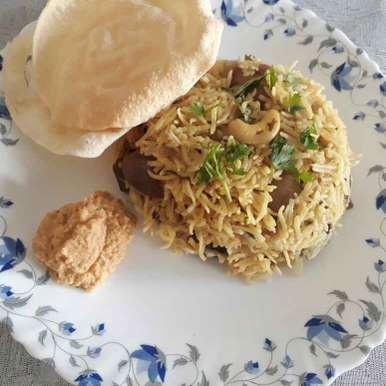 Photo of Brinjal pulav( one pot meal) by Asiya Omar at BetterButter