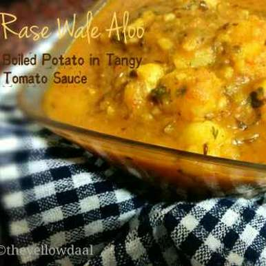 Photo of Rase Wale Aloo| Boiled Potato in Tangy Tomato Sauce| No Onion, Ginger or Garlic| 30 min Recipe by Avin Kohli at BetterButter