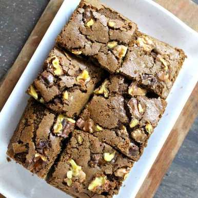 Photo of Eggless Ragi & Whole Dark Chocolate Wheat Brownies With Walnuts by Avin Kohli at BetterButter