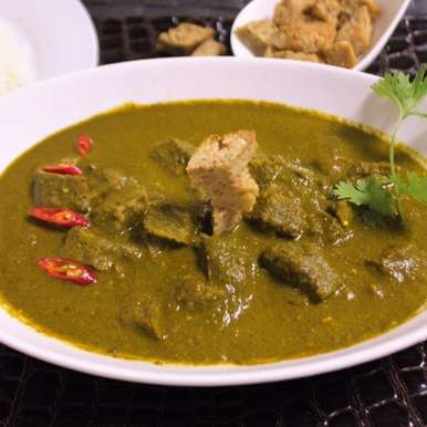 Photo of Sepu Vadi in Spinach Gravy by Bethica Das at BetterButter