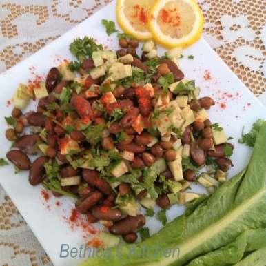 Rajma & Chana Salad with Avocado, How to make Rajma & Chana Salad with Avocado