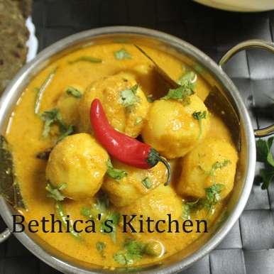 Photo of Doi Aloo (Dahi Aloo / Potatoes in Yoghurt Gravy - Bengali Style) by Bethica Das at BetterButter