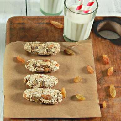 Photo of Fruity Oat Bars (For babies enjoying Finger foods 1 yr+) by BetterButter Editorial at BetterButter