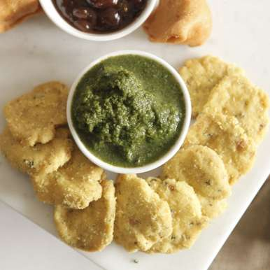 Photo of Coriander and Mint Chutney (Hari Chutney) by BetterButter Editorial at BetterButter