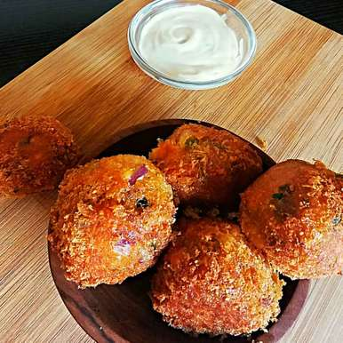 Photo of Paneer poppers by Bhumika Gandhi at BetterButter