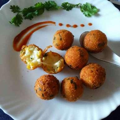 Photo of Aalu corn cheese bomb by Chavi Gupta at BetterButter