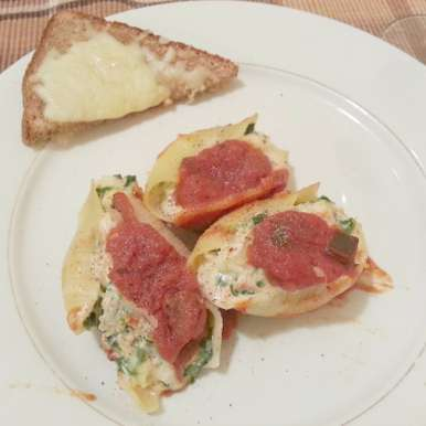 Photo of Spinach and Artichokes Stuffed Shells by Linsy Patel at BetterButter