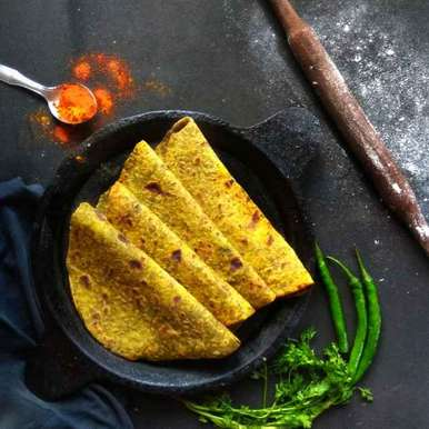 Photo of TRADITIONAL METHI PARATHA WITH MINT CHUTNEY WITH A HEALTHY TWIST . by Deepika Shet at BetterButter