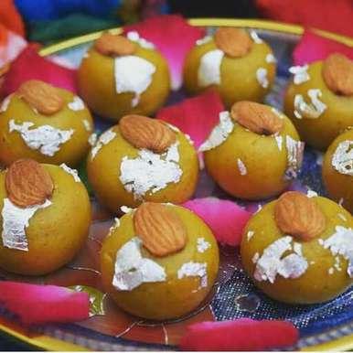 Thandai laddu recipe in Hindi,ठंडाई लड्डू, Dhara joshi