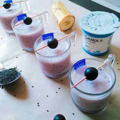 Photo of Blubbery banana smoothie shots with chia seeds by Dhara Shah at BetterButter