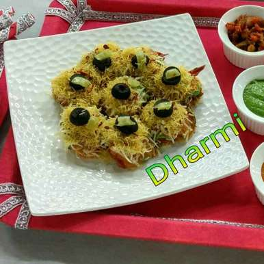 Photo of Nachos in Indian chaat style by Dharmistha Kholiya at BetterButter