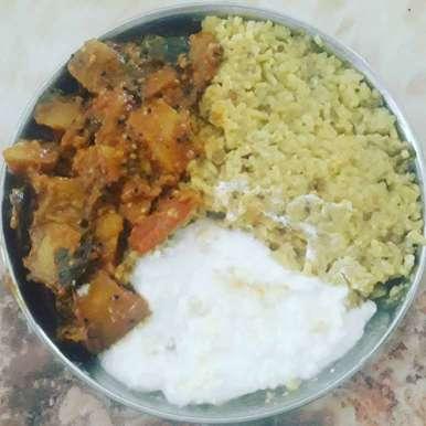 Photo of brinjal potato ki sabji and moong dal khichdi by Dipika Ranapara at BetterButter