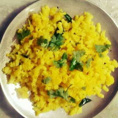 Photo of Bateta poha by foram Kotak paneri at BetterButter