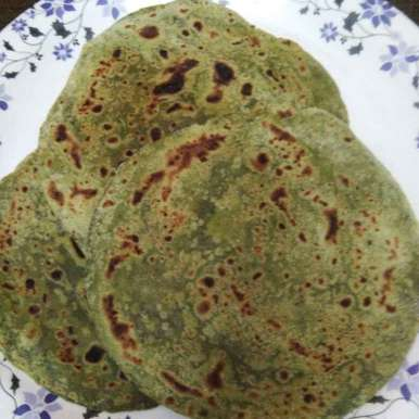 Spinach paratha recipe in Telugu,పాలకూర పరాఠ, Ganeprameela