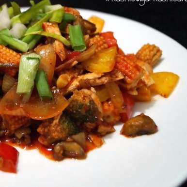 Photo of Stir Fried Shredded Chicken Loaded with Veggies by Garima Gautam at BetterButter