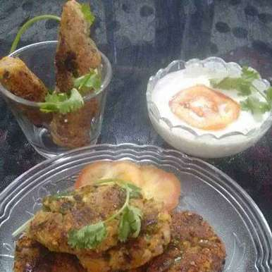 Photo of Cauliflower potato fritters by Geeta Sachdev at BetterButter