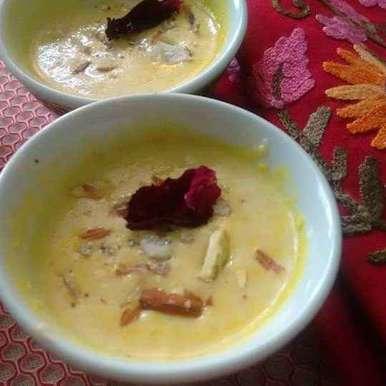 Creamy rabri  recipe in Hindi,क्रीमी रबडी, Geeta Sachdev
