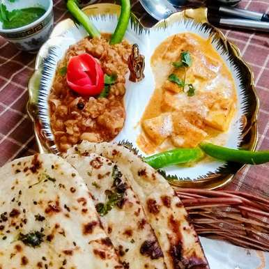 Photo of Panjabi chhole shahi paneer aur tawa naan by Geeta Sachdev at BetterButter