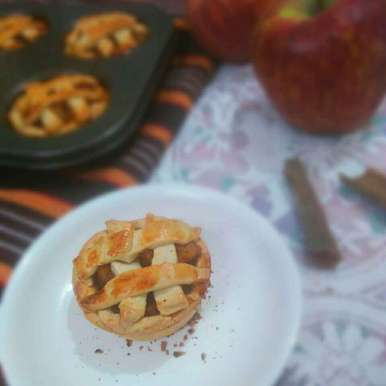 Photo of Honey Apple pie by Shaheda Tabish at BetterButter