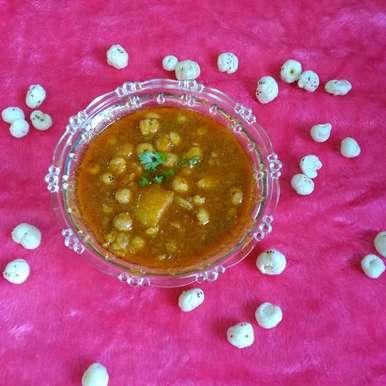 Photo of Makhana potato curry by Hanika Thadani at BetterButter