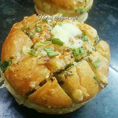 Photo of Cheesy garlic pull apart bread buns. by Hetal Agarwal at BetterButter
