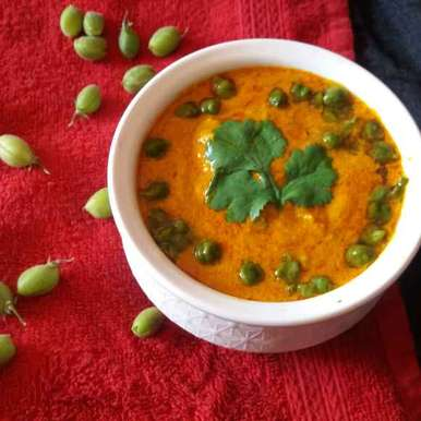 Photo of green chana and carrot curry by Hiral Pandya Shukla at BetterButter
