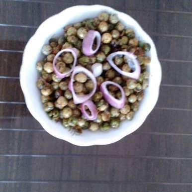Tale hue chatpate matar recipe in Hindi,तले हुए चटपटे मटर, Husn Ara Qureshi