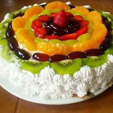 Eggless Fresh Cream Fruit Cake