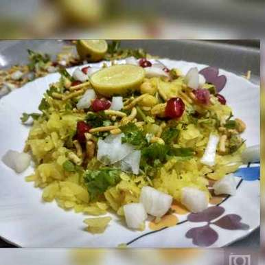 Photo of Indori poha by Jhanvi Chandwani at BetterButter