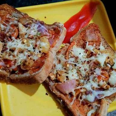 Photo of Mukhorochak bread pizza by Juthika Ray at BetterButter