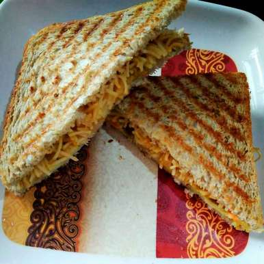 Photo of Noodles cheese sandwich by Juthika Ray at BetterButter
