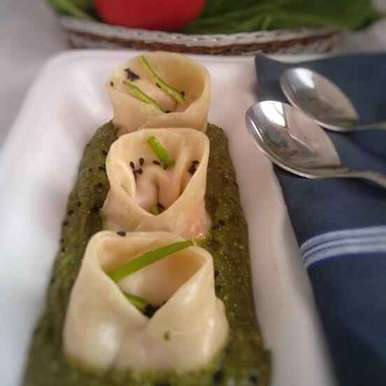Photo of Paneer Dumpling In Spinach Gravy by Jyoti Adwani at BetterButter