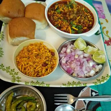 Photo of Misal Pav by kalpana solanki at BetterButter