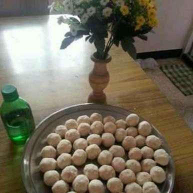 Rava urundai recipe in Tamil,ரவா உருண்டை, Kamala Nagarajan