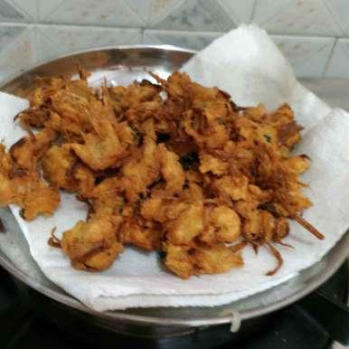 Photo of Onion pakOda by Kamala Nagarajan at BetterButter
