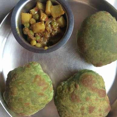 Photo of Palak puri by kamala shankari at BetterButter