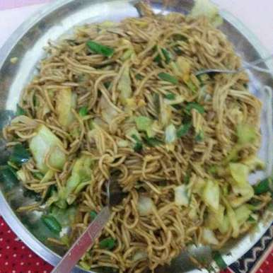 Photo of Chilli Garlic Noodles by Kanica Goel at BetterButter