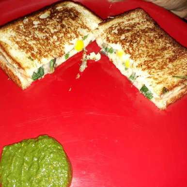 Photo of Spinach Corn Sandwich by Kanica Goel at BetterButter